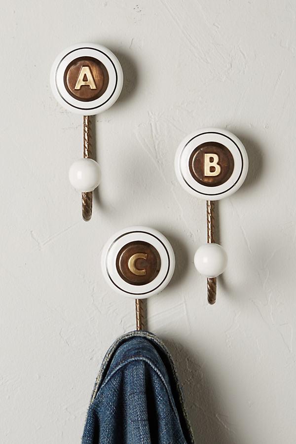 Cachet Monogram Hook
