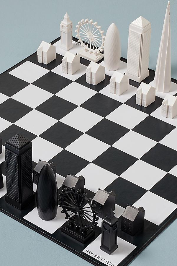 Skyline London Chess Set